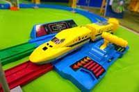 """""""史上最速""""プラレールが誕生!見ると幸せになれる黄色い新幹線こと「ドクターイエロー」に注目"""