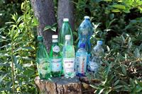 炭酸水の効果って? 管理栄養士おすすめ飲み方&海外7ブランド飲み比べ