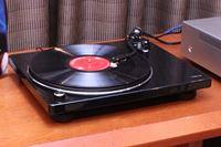 デノンから10年以上ぶりのレコードプレーヤー「DP-400」「DP-450USB」登場