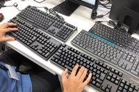 静音キーボード打ち比べ! タイピング音の大きい価格.com社員が徹底検証