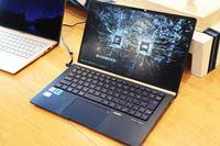 軽量&狭額縁&高コスパの「ZenBook 13」などASUSが新型ノートPCを一挙発表