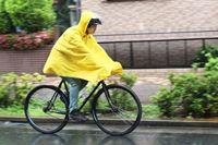 濡れない? 雨の日にポンチョを着てロードバイクに乗ってみた!