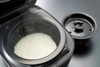 1合だけでもおいしく炊ける! タイガー土鍋圧力IH炊飯器「ご泡火(ほうび)炊き」の真髄
