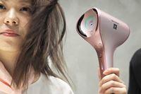距離センサーで髪の熱ダメージなし! シャープの美髪に導くプラズマクラスタードライヤー