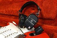コレ実はヘッドホン型のギターアンプなんです! 話題の「WAZA-AIR」徹底レビュー