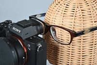 最新ミラーレス徹底調査! メガネをかけても見やすいEVFの条件とは?