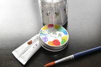 """色を混ぜて""""香り""""も調合。天然の香り付き絵の具「香の具」がすてき♪"""