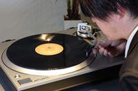 レコードプレーヤー組み立て&設置の基本ポイントをわかりやすく動画で解説