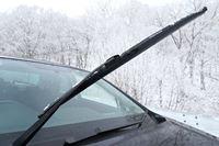 冬タイヤを履いたなら、「雪用ワイパー」の備えもお忘れなく!