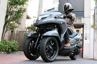 長距離ライディングもスポーティーな走りも楽しい! ヤマハの3輪スクーター「TRICITY 300」