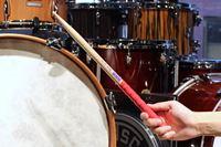 ドラムを始めるなら必須! スティックと一緒に絶対揃えたい練習アイテム5選