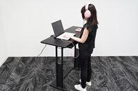 座りっぱなし、サヨナラ! 新しい生活様式で注目される「スタンディングデスク」