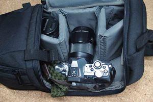 安くて使えるAmazonベーシック! 「カメラ用スリングバッグ」のデキがいい