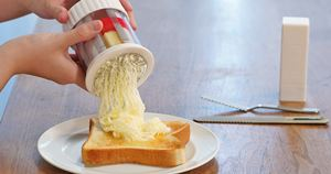 カチカチバターがふわふわに♪ パンにバターが塗りやすくなる神グッズ
