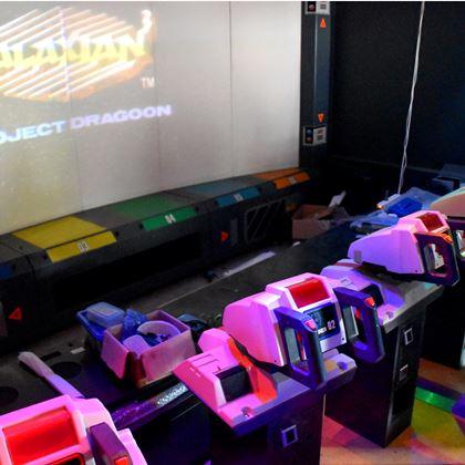 巨大アーケードゲーム「ギャラクシアン3」のために保管用マンション購入。内部を特別公開!