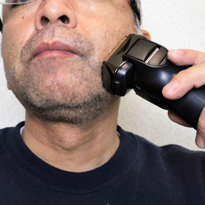 高コスパで定評! IZUMI「Vシリーズシェーバー」の実力をヒゲ濃いめのライターがテスト