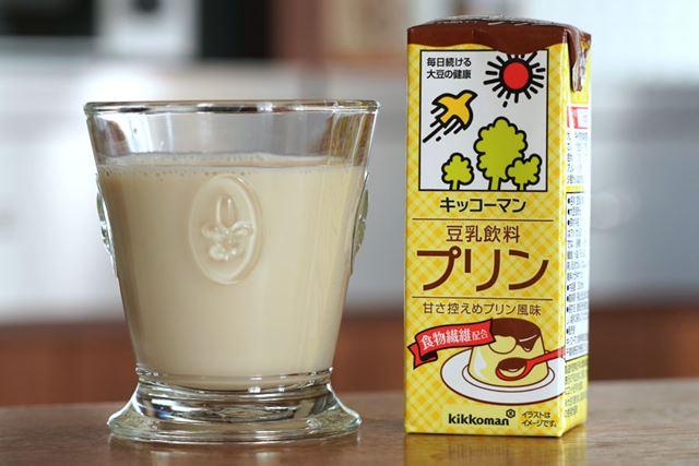 甘さ控えめプリン風味。卵や乳は不使用で、食物繊維を4.2g配合している