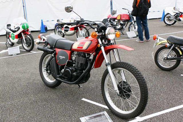SRシリーズのベースとなった大排気量のオフロードマシン「XT500」