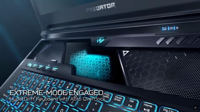 Acerの新ゲーミングノートPCはキーボードがスライドしてファンが出てくる