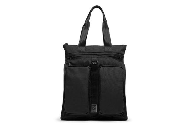 ブランドの特徴でもある、タフさと使い勝手のよさが追求されたトラベルバッグ