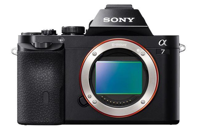 フルサイズミラーレスカメラというジャンルを築き上げた、ソニー「α7」