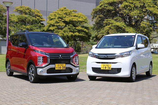 左が三菱 新型「eKクロス」、右が新型「eKワゴン」