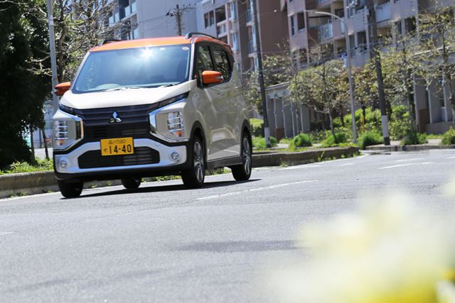 三菱 新型「eKクロス」(ターボ、4WD)の試乗イメージ