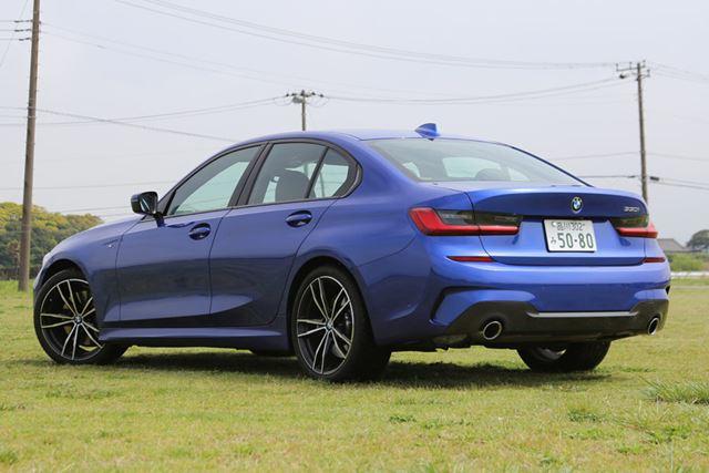 BMW 新型「3シリーズ」(330i M Sport)のリアイメージ