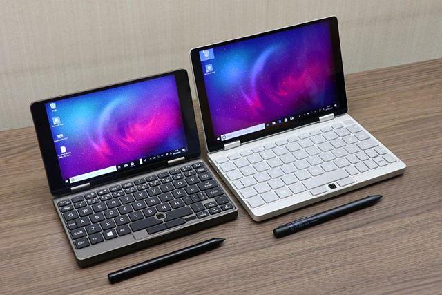 右がOneMix3、左がOneMix2SのPlatinum Edition