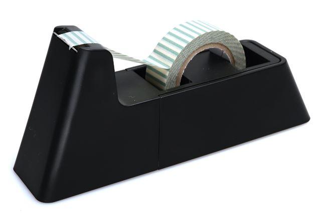 キッチン周りで便利と評価の高いテープカッター「ラカット」