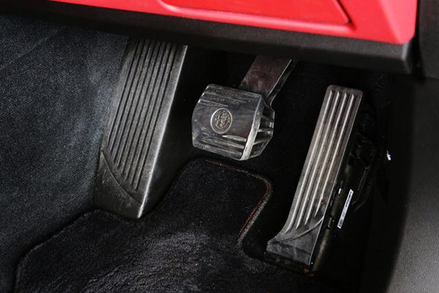 ディーゼルエンジンは、渋滞などの極低速域ではややぎくしゃく感がともなう