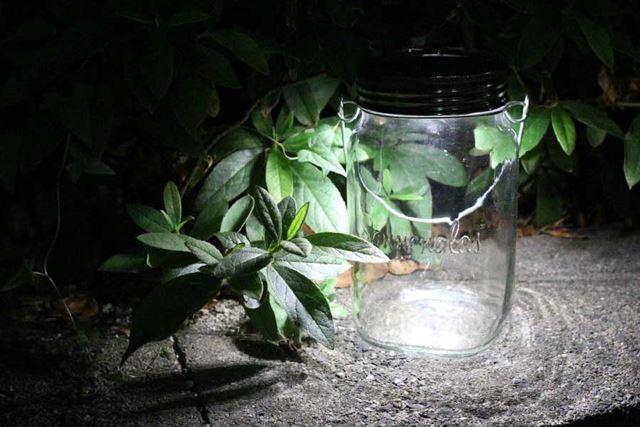 虫が好みそうな灯りなので、アウトドアでは忘れずに蚊取り線香を併用したいですね