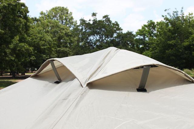 テント内の空気循環をうながす通気口「ベンチレーション」は、4つ装備