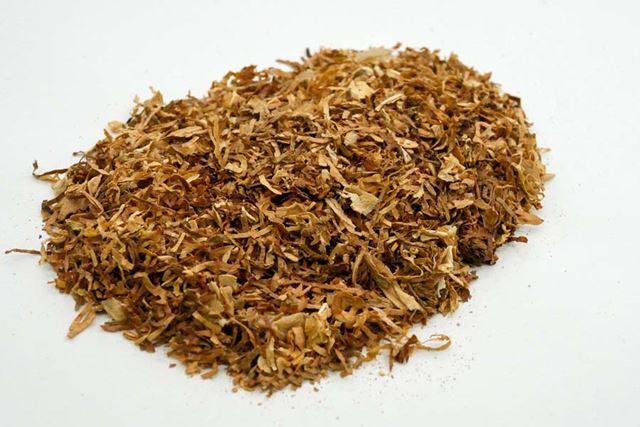 開発当初、タバコ葉は細かく刻んだものだった