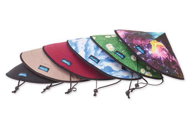 フェスには欠かせないアイテムとして人気の高い「チルバ」は、笠のような形が特徴