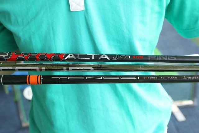上から「ALTA J CB RED」「Tour173-65」「TENSEI CK Pro Orange」。今回の試打フレックスはすべてS