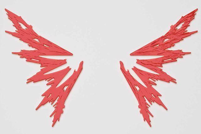 「デスティニーガンダム」の象徴でもある「光の翼」がクリアパーツで付属