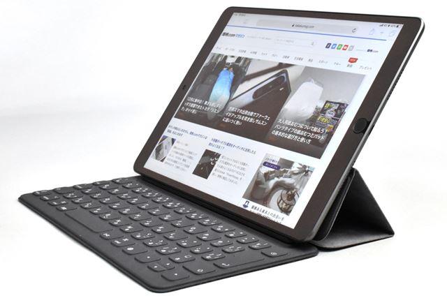10.5インチの「iPad Air」と「iPad Pro」に装着可能な「Smart Keyboard」