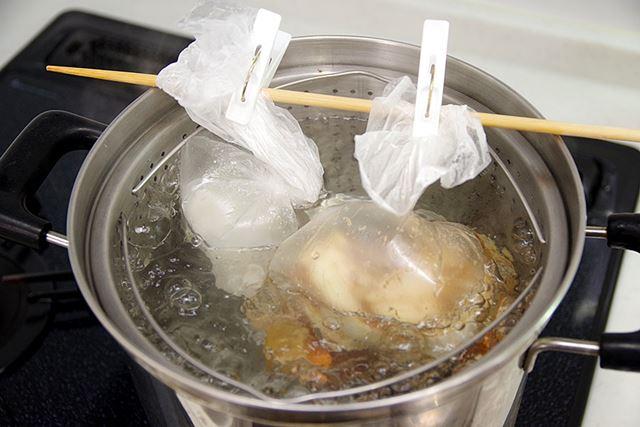 水は気化すると体積が増えるという実験結果がこちらです