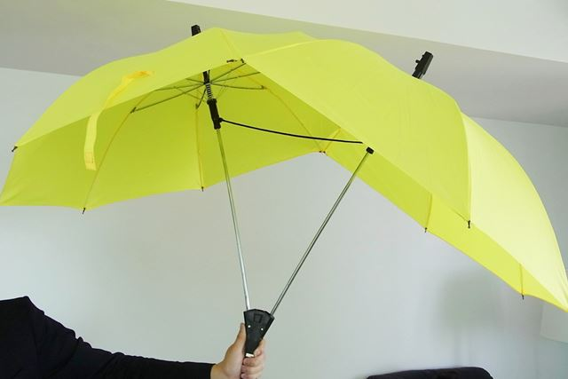 傘が開いたときのサイズは1170×1100mmとかなり大型