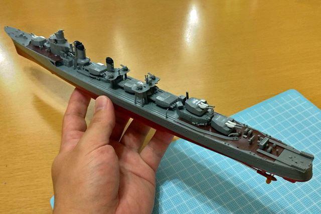 兵装が載ると一気に手狭になる甲板。戦うための船、といった雰囲気が一気に高まります