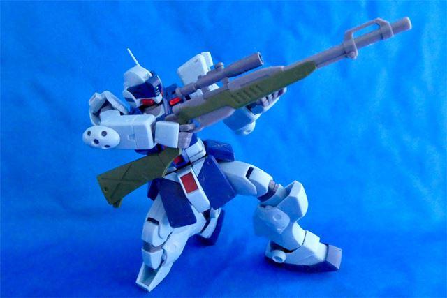 そのため、このような射撃姿勢を完璧に再現することが可能になっています