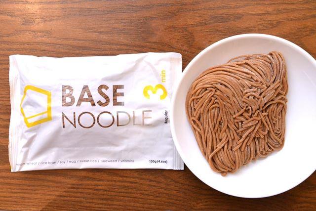 こちらが「BASE NOODLE」。パッケージも刷新されました