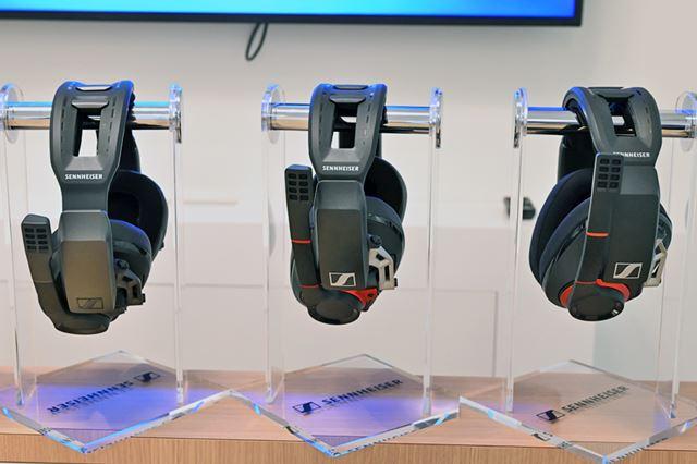「GSP 670」と「GSP 600」、「GSP 500」を並べてみたところ。基本的なヘッドセット部分のデザインは共通だ