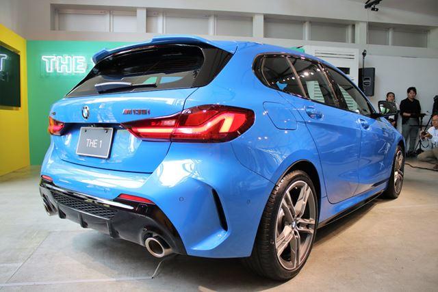 BMW 新型「1シリーズ」(M135i xDrive)のリアイメージ