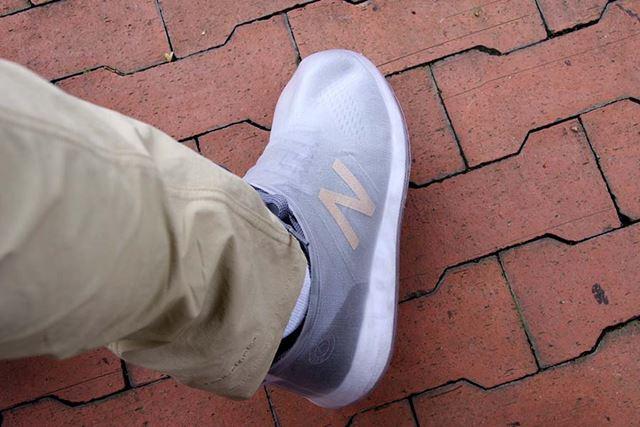 見事に透けた中の靴。カバーを付けた状態のほうがかっこいいかも