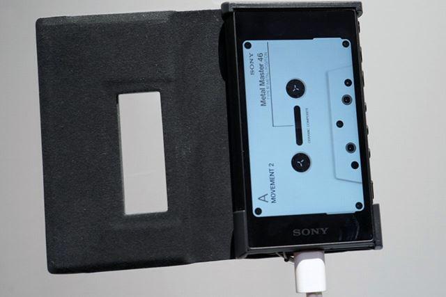 再生画面がしばらくするとカセットテープUIに切り替わる