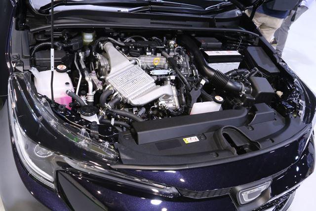 トヨタ 新型「カローラツーリング」のエンジンルーム。画像は1.2Lターボエンジン