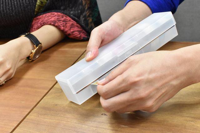 ラップ用のカッターはマステを切るのにも使えて、しかも切れ味は抜群!