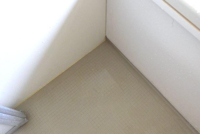 ただ、フタが床に直接触れるため、水切れはイマイチ